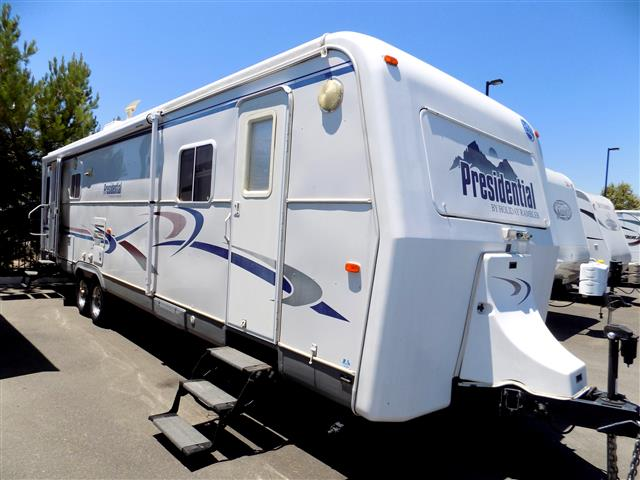 Used 2002 Monaco Holiday Rambler M-34SKD Travel Trailer For Sale