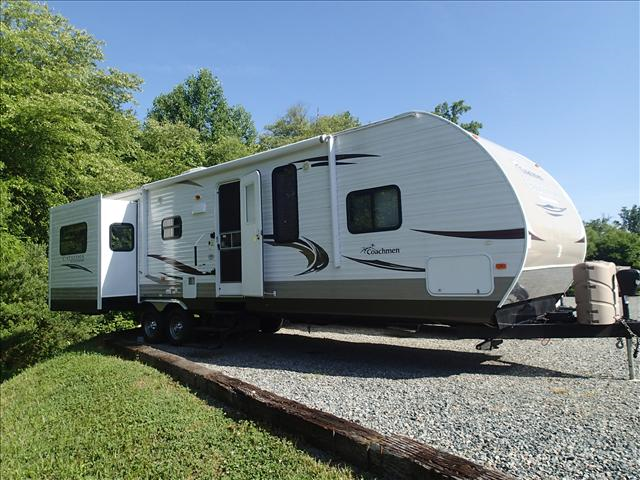 Used 2013 Forest River Catalina 33RES Travel Trailer For Sale