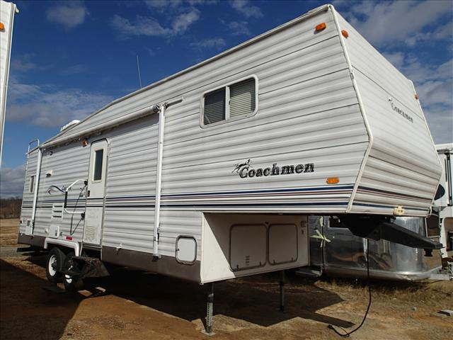 Used 2003 Coachmen Cascade 528RKS Fifth Wheel For Sale