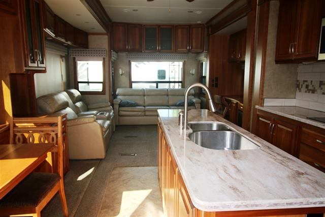 2015 Double Tree Mobile Suite