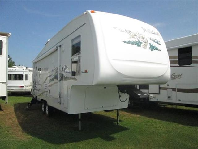 Used 2005 Forest River Wildcat 29RLBS(AS-IS) Fifth Wheel For Sale