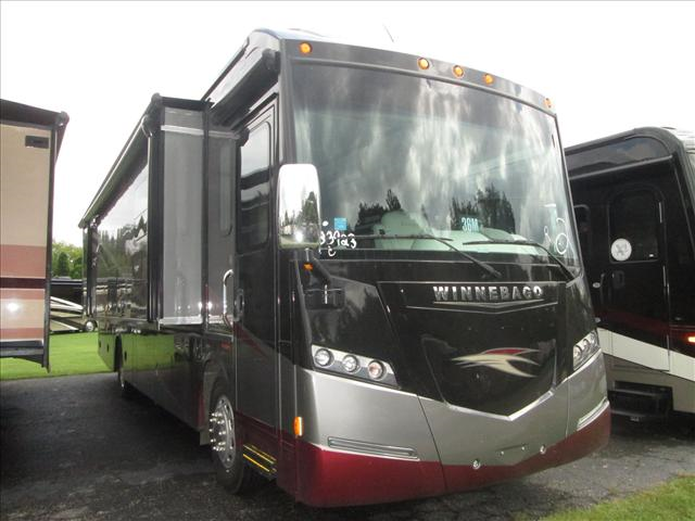 Buy a New Winnebago Journey in Marion, NC.