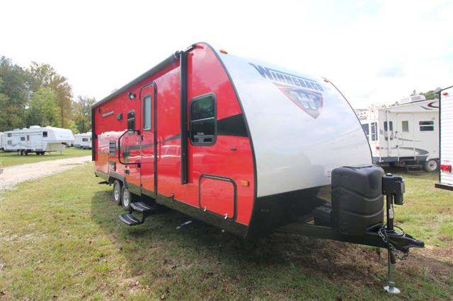 Used 2015 Winnebago Minnie 2201DS Travel Trailer For Sale