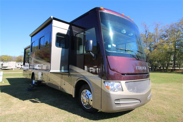 Buy a Used Itasca Sunova in Marion, NC.