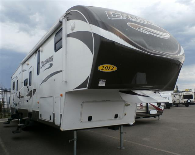 Used 2012 PRIMETIME CRUSADER 355BHQ Fifth Wheel For Sale