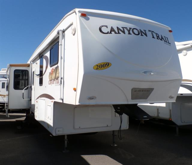 Used 2009 Gulfstream Canyon Trail 34FSBW Fifth Wheel For Sale