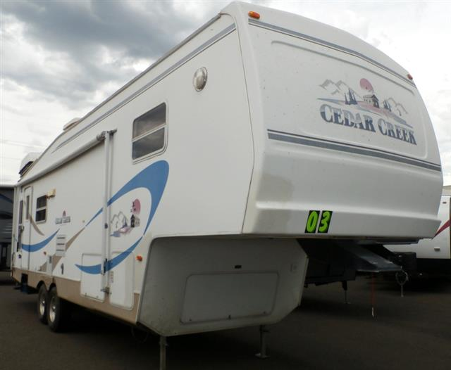 Used 2003 Forest River Cedar Creek 30RLBS Fifth Wheel For Sale