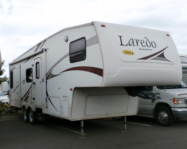 Used 2005 Keystone Laredo 29RL Fifth Wheel For Sale