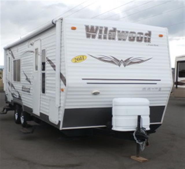 Used 2011 Forest River Wildwood 25RKS Travel Trailer For Sale