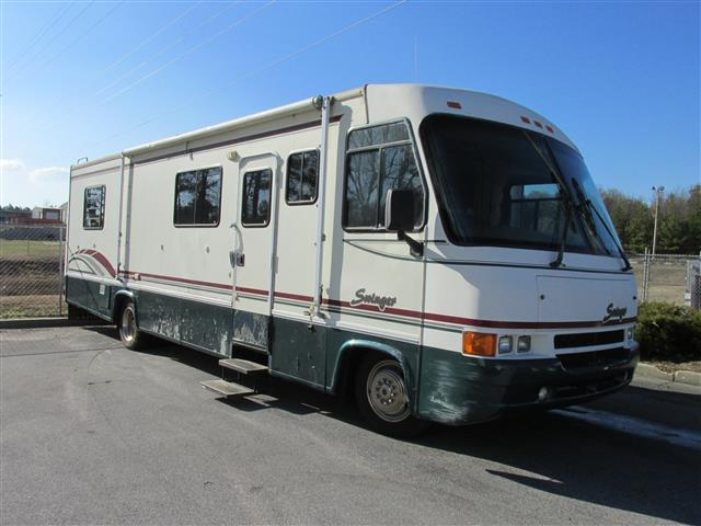 Used 1996 Georgie Boy Swinger MH Class A - Gas For Sale