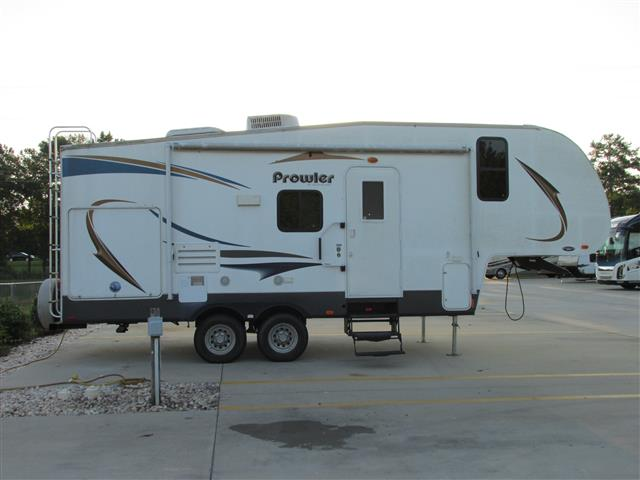 Used 2013 Heartland Prowler P22 Fifth Wheel For Sale