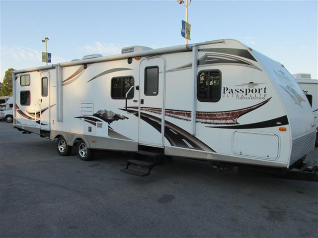 Used 2011 Keystone Passport 3220BHS Travel Trailer For Sale