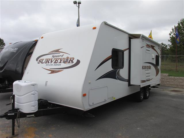 Used 2011 Forest River Surveyor SP260 Travel Trailer For Sale
