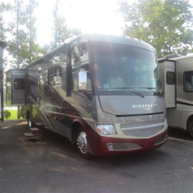 New 2014 Winnebago Adventurer