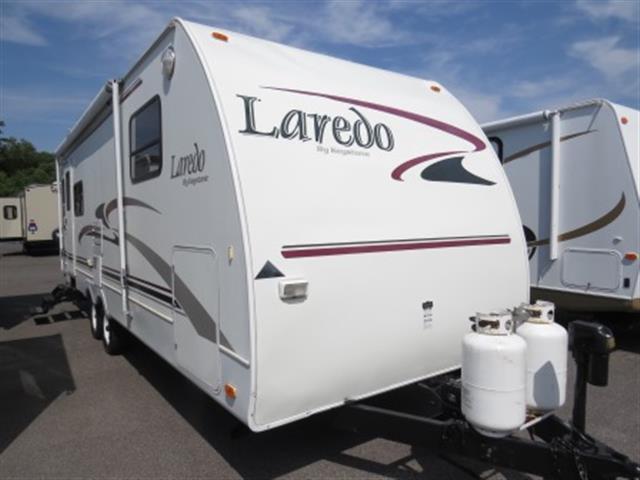 Used 2004 Keystone Laredo 254RL Travel Trailer For Sale