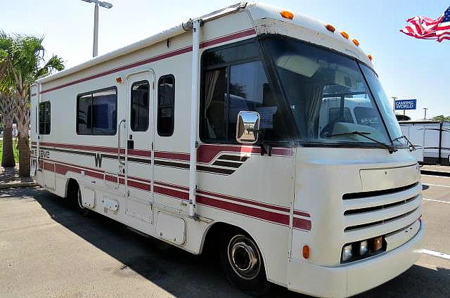Used 1992 Winnebago Brave 27RC Class A - Gas For Sale
