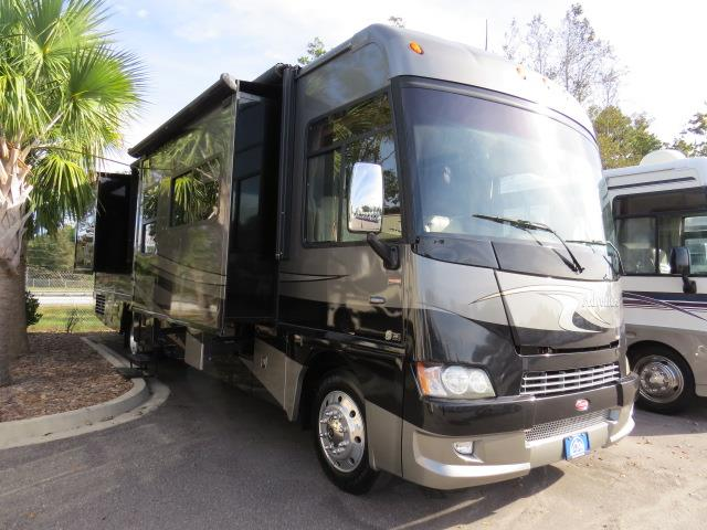 2010 Winnebago Adventurer