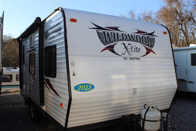 Used 2013 Forest River Wildwood 185RB Travel Trailer For Sale