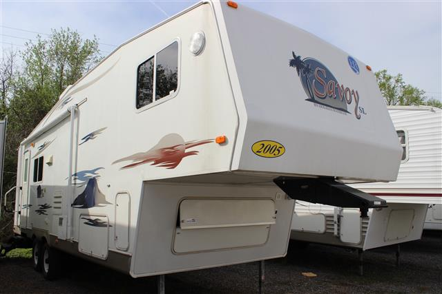 Used 2005 Holiday Rambler Savoy Sl 29RLS Fifth Wheel For Sale