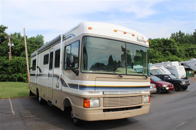 Used 1997 Fleetwood Bounder 28T Class A - Gas For Sale