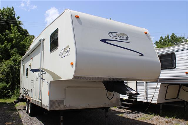 Used 2007 R-Vision Trail-lite 526RL Fifth Wheel For Sale