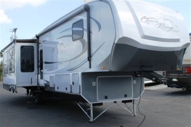 Used 2012 OPEN RANGE RESIDENTIAL 412RSS Fifth Wheel For Sale