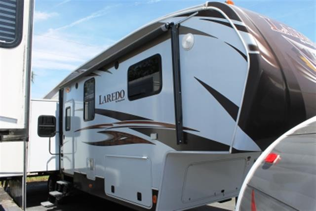 Used 2013 Keystone Laredo 312RE Fifth Wheel For Sale