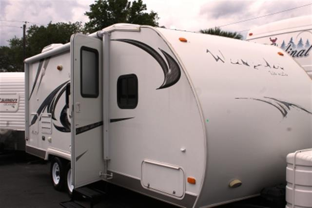 Used 2009 Skyline Weekender 210 Travel Trailer For Sale