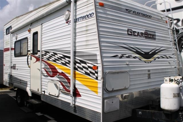 Used 2006 Fleetwood GearBox 220FB Travel Trailer Toyhauler For Sale