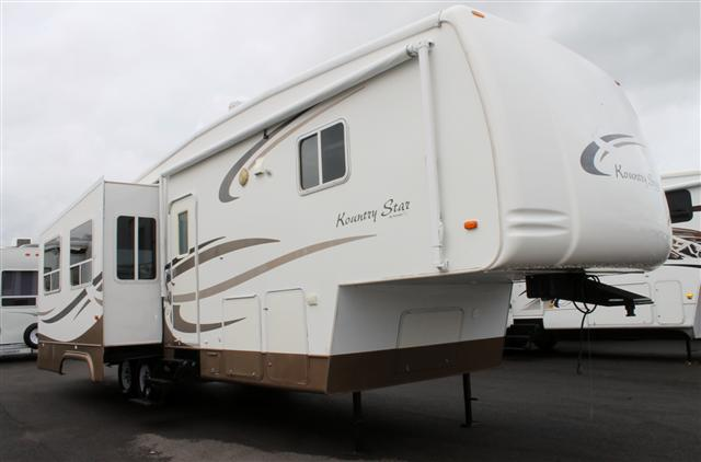 2004 Newmar Kountry Star