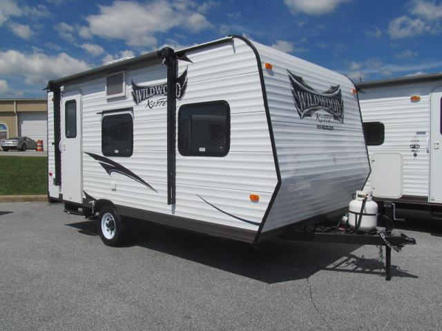 New 2015 Forest River Wildwood 185RBXL Travel Trailer For Sale