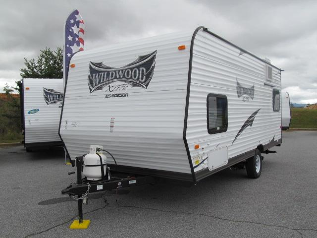 New 2015 Forest River Wildwood 205RDXL Travel Trailer For Sale