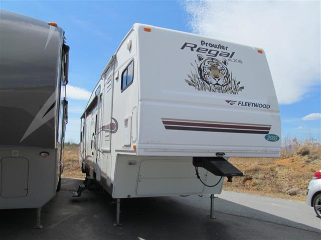 2005 Fleetwood REGAL AX6