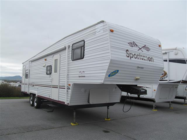 Used 2003 SPORTSMEN Sportster 29SP Fifth Wheel Toyhauler For Sale