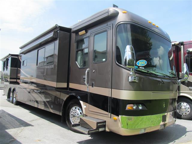 Used 2005 Holiday Rambler Navigator 43PBQ Class A - Diesel For Sale