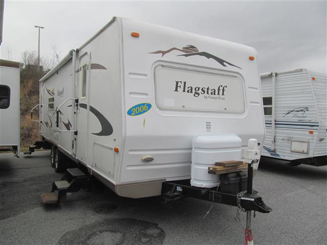Used 2006 Forest River Flagstaff 321RLSS Travel Trailer For Sale