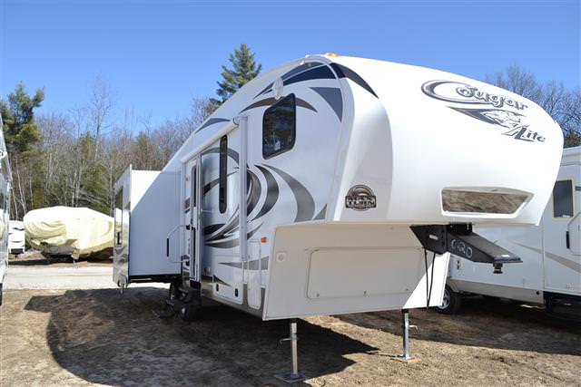 2013 Fifth Wheel Keystone Cougar