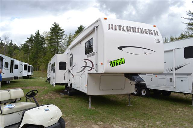 2004 Fifth Wheel Nuwa Hitchhiker