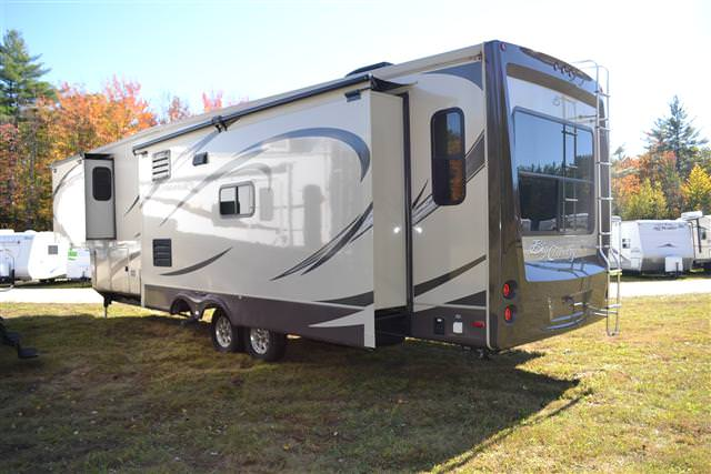 Used2013 Heartland Big Country Fifth Wheel For Sale
