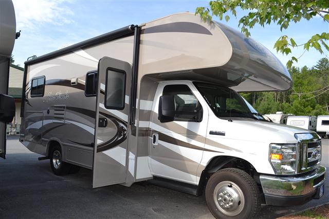 Buy a New THOR MOTOR COACH Four Winds in Center Conway, NH.