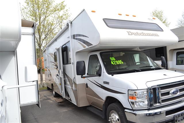 Used 2008 Thor Chateau 31F Class C For Sale