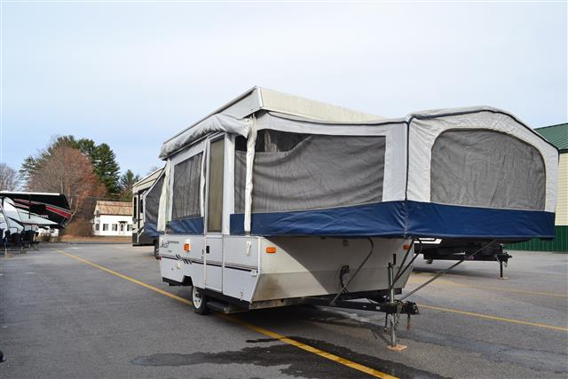 Used 2004 Jayco Qwest 10B Pop Up For Sale