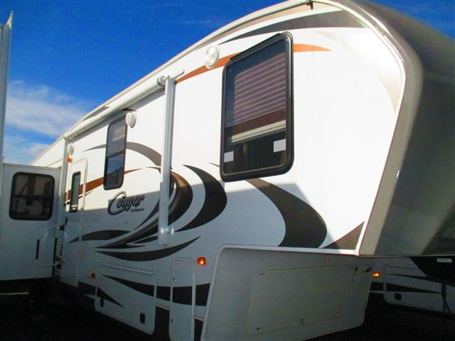 Used 2014 Keystone Cougar 331MKS Fifth Wheel For Sale