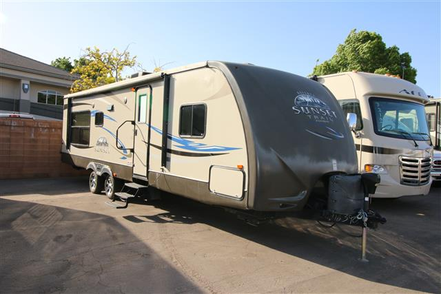Used 2012 Crossroads Sunset Trail 30RE Travel Trailer For Sale