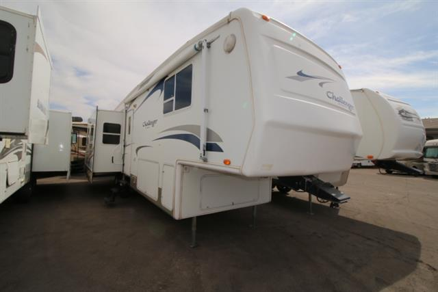 Used 2004 Keystone Challenger 32TKB Fifth Wheel For Sale