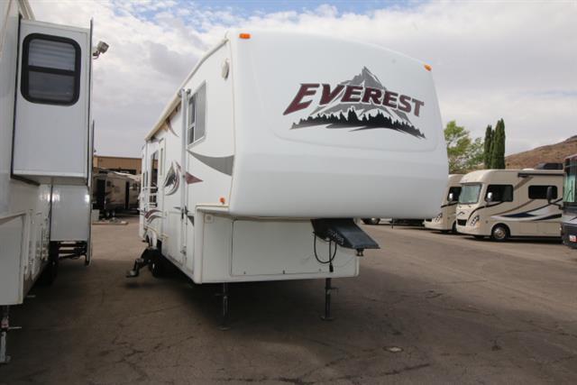 Used 2004 Keystone Everest 293P Fifth Wheel For Sale