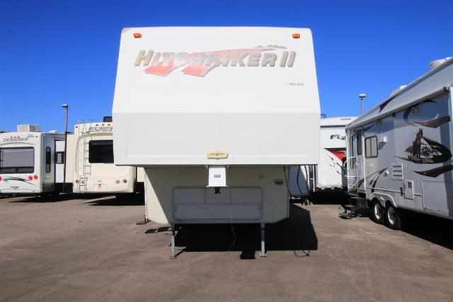 Used 1996 NuWa Hitchhiker 27RKUG Fifth Wheel For Sale