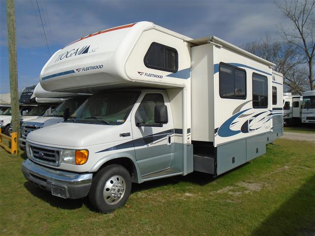 Used 2005 Fleetwood Tioga 31SL Class C For Sale