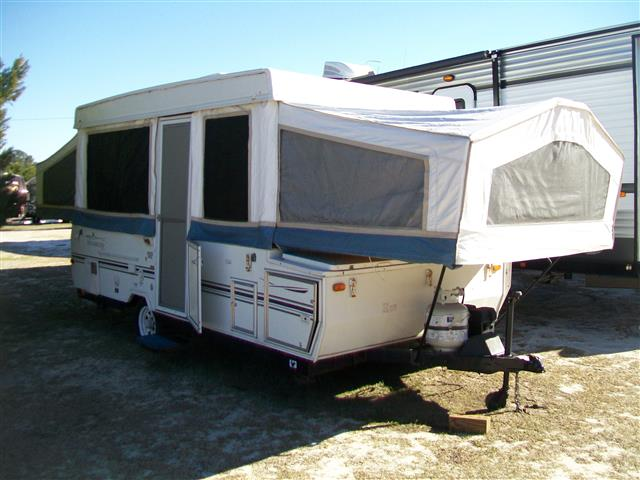 Used 2002 Forest River Rockwood 2576 Pop Up For Sale