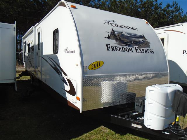 2011 Coachmen Freedom Express